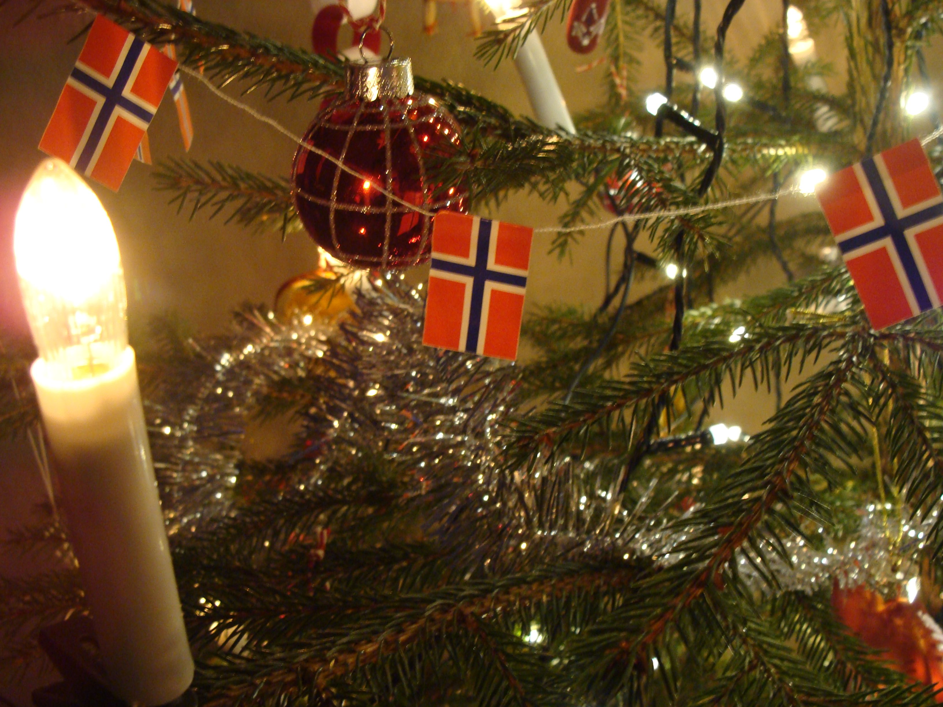 Norwegian Christmas.A Norwegian Christmas Tree Norsk Folk Art And Customs