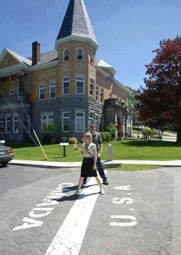The Border Between Canada And Usa New England States Canada Places To Go