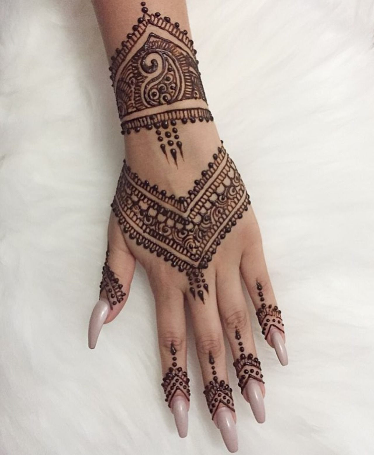 Inflicting Ink Tattoo Henna Themed Tattoos: Henna Tattoo Designs, Henna Tattoo Hand