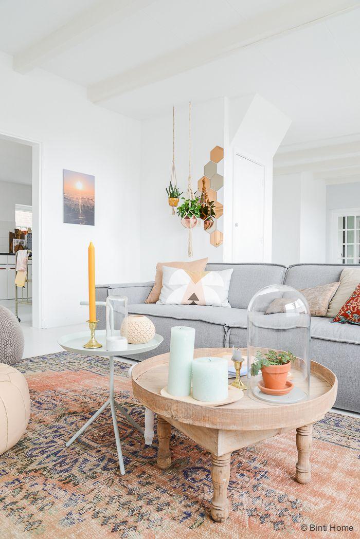 Un intérieur charmant et végétalisé rempli du0027idées déco à piquer - table de salle a manger grise