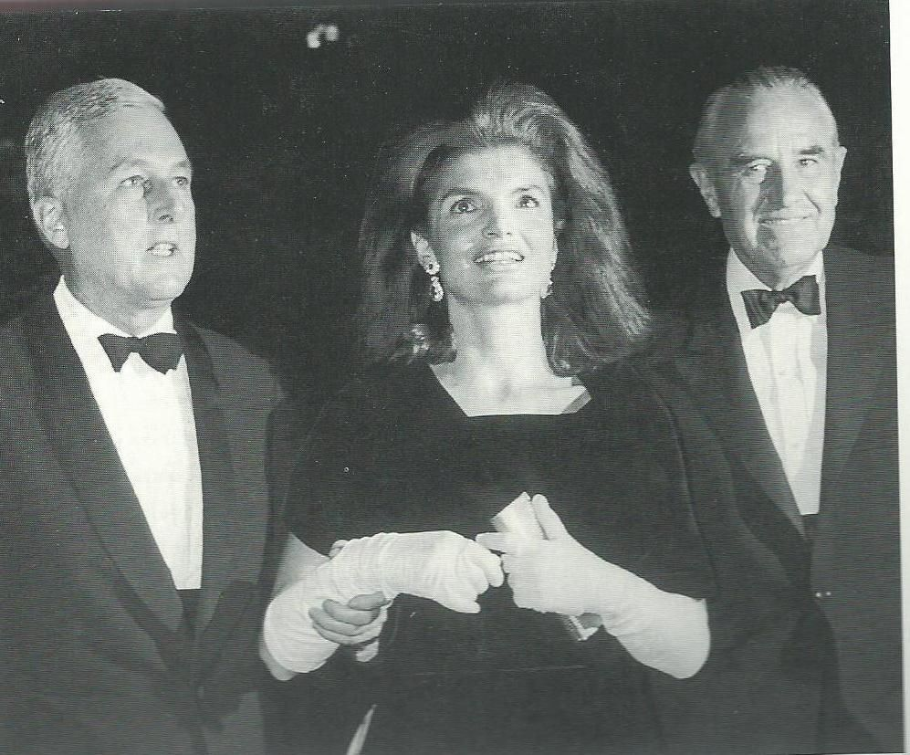 The epitome of glamour, Jackie arrives at fund-raiser for the Kennedy Library in Boston Oct. 17, 1966.