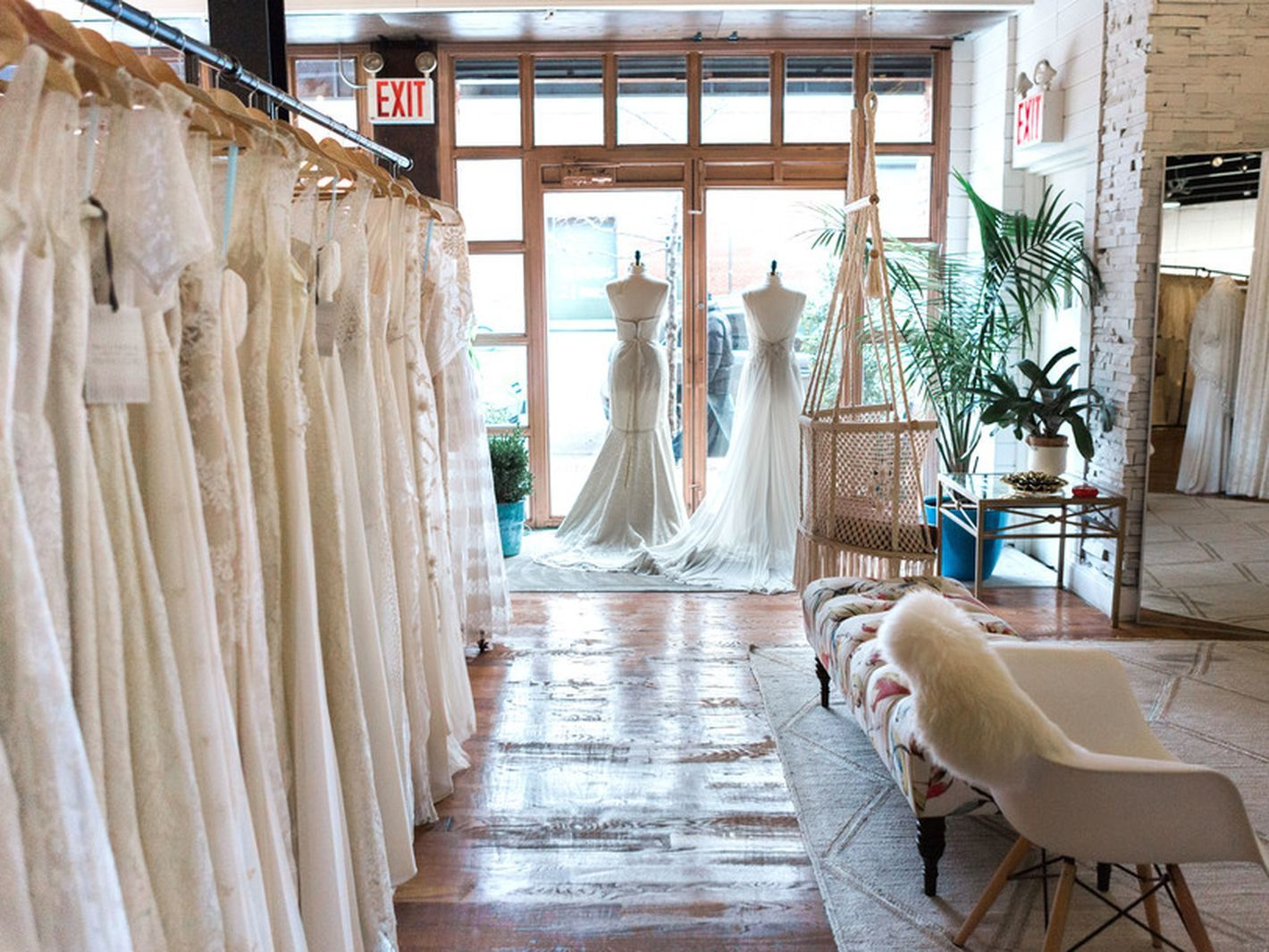 Wedding Dress Shops Nyc Bridal Boutique Interior Rental Wedding Dresses Wedding Dress Store