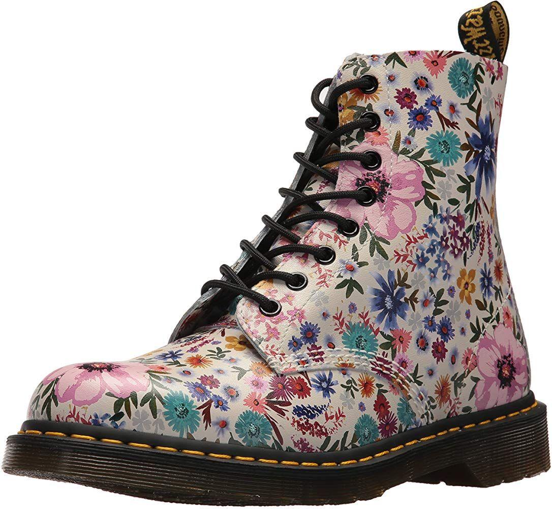 Dr Martens Pascal Wl Bone Mallow Pink Wanderlust Backhand Amazon Es Zapatos Y Complementos Estilo De Botas Botas De Cuero Zapatos Mujer