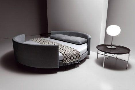 Modernes Bett Von Saba Italia   Das Runde Bett Scoop | Italia, Bett Und  Möbel