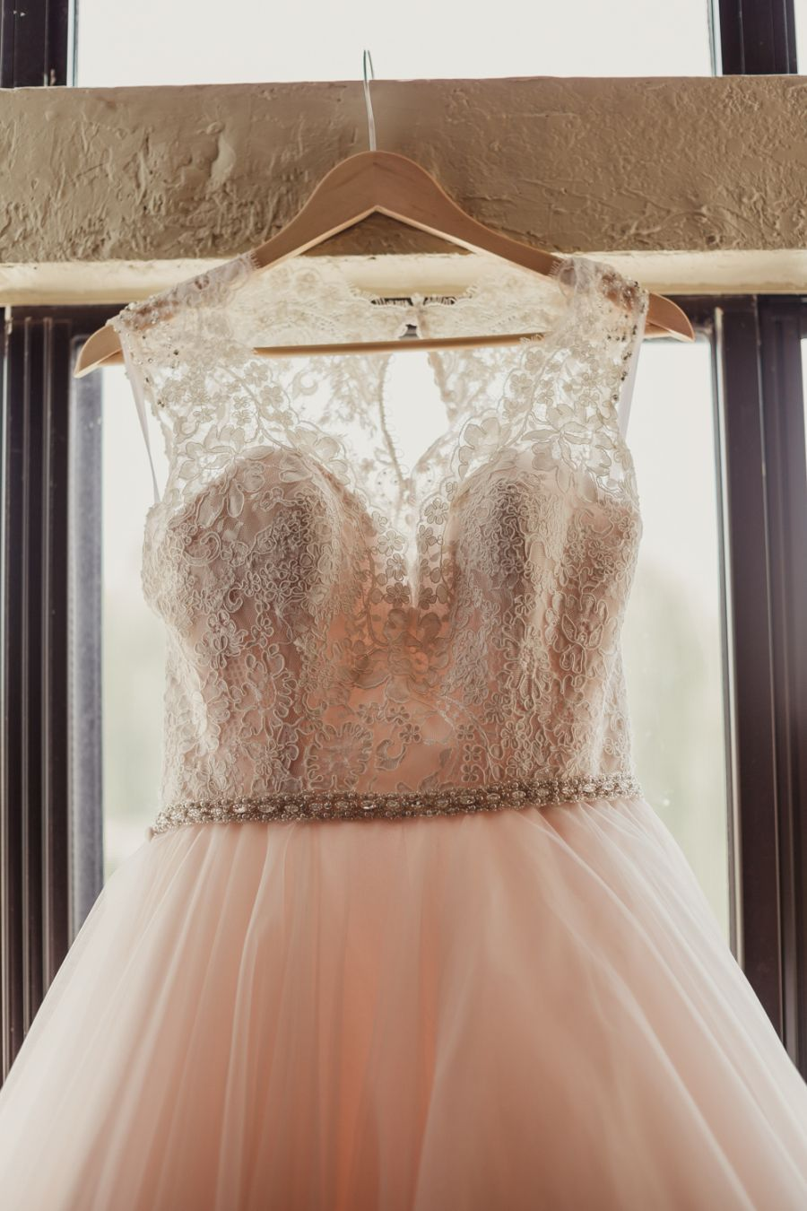 The Best Advice a Bride Has Ever Given | Allure bridal, Vaulting ...