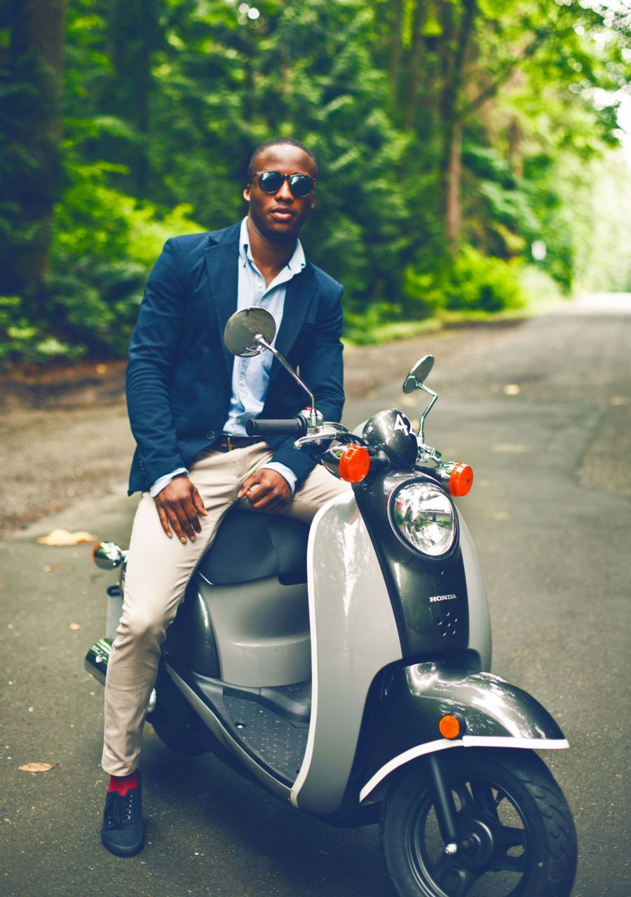 black man on a vespa vespa pinterest vespa black. Black Bedroom Furniture Sets. Home Design Ideas