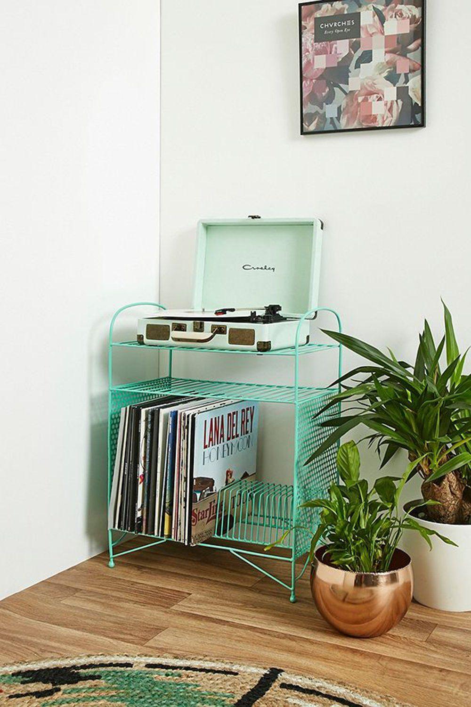 meuble platine vinyle Urban Outfitters | Meuble pour platine vinyle, Meuble vinyle, Rangement vinyle