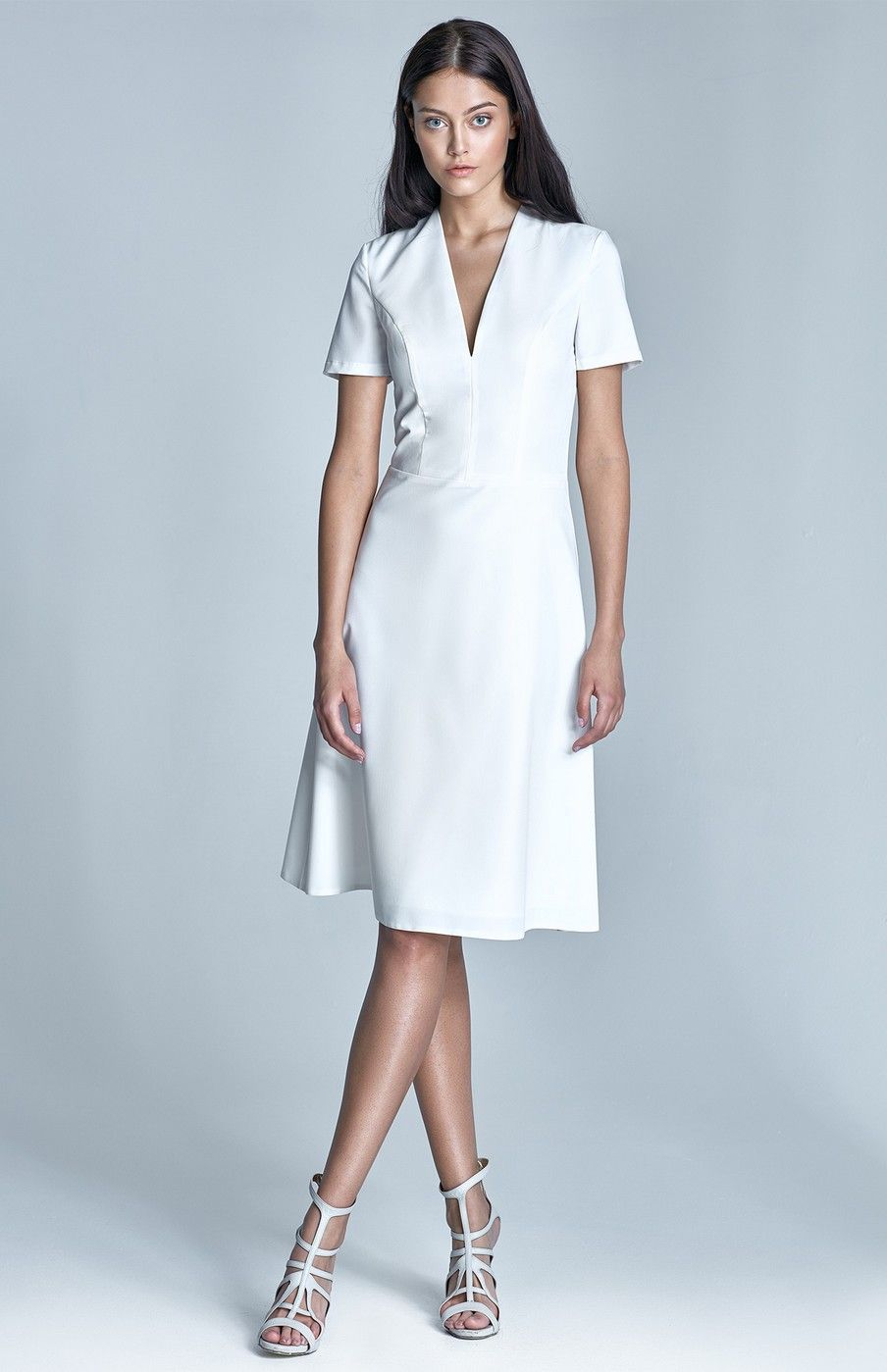 Robe cocktail blanche chic