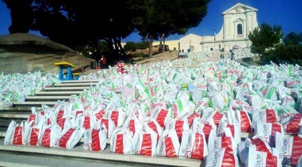 """Il 20 dicembre 2015, dalle 9.00 alle 21.00, ritorna il """"Miracolo di Natale"""", l'evento ideato da Gennaro Longobardi e organizzato dalla Caritas, ormai giunto alla sua 19° edizione.  Ancora una volta, la cittadinanza è chiamata a dare un aiuto a coloro che, a causa delle difficoltà economiche, non hanno la ..."""