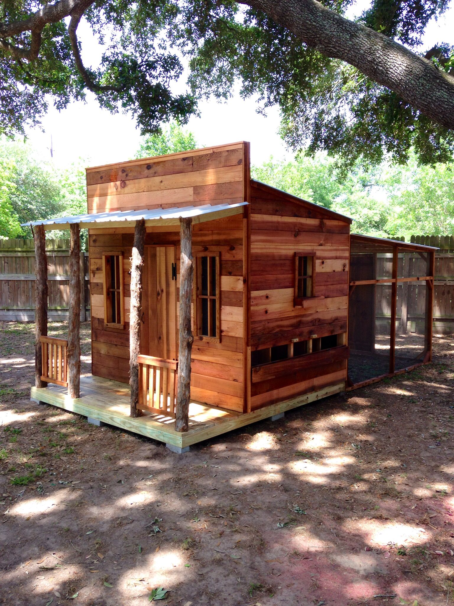 6x8 Western Town Chicken Coop With Porch And Railing
