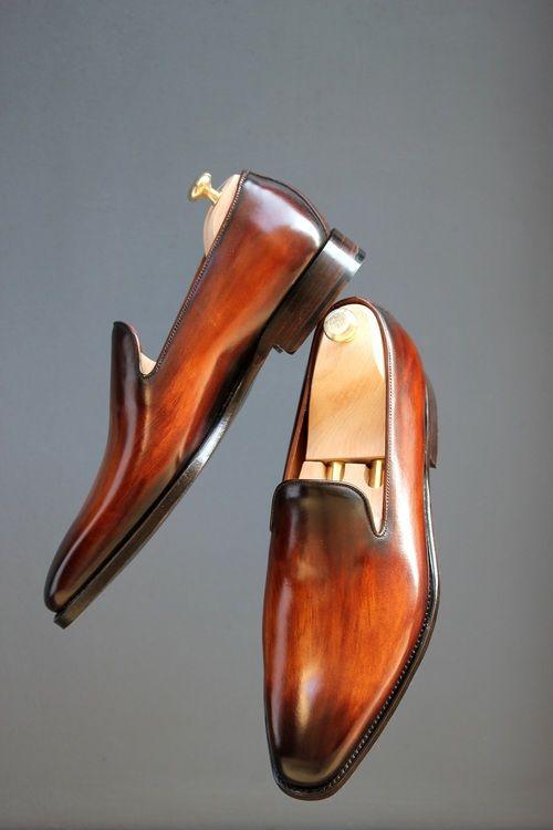 muaj: Septieme Largeur loafers http://www.claymoorslist.com/2013/09/septieme-largeur-loafers.html