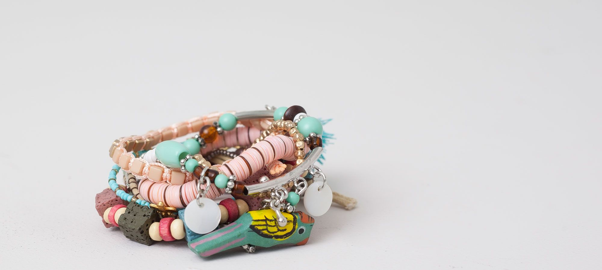 9 PACK MIXED TROPICAL BRACELETS - JEWELLERY - WOMAN - PULL&BEAR France