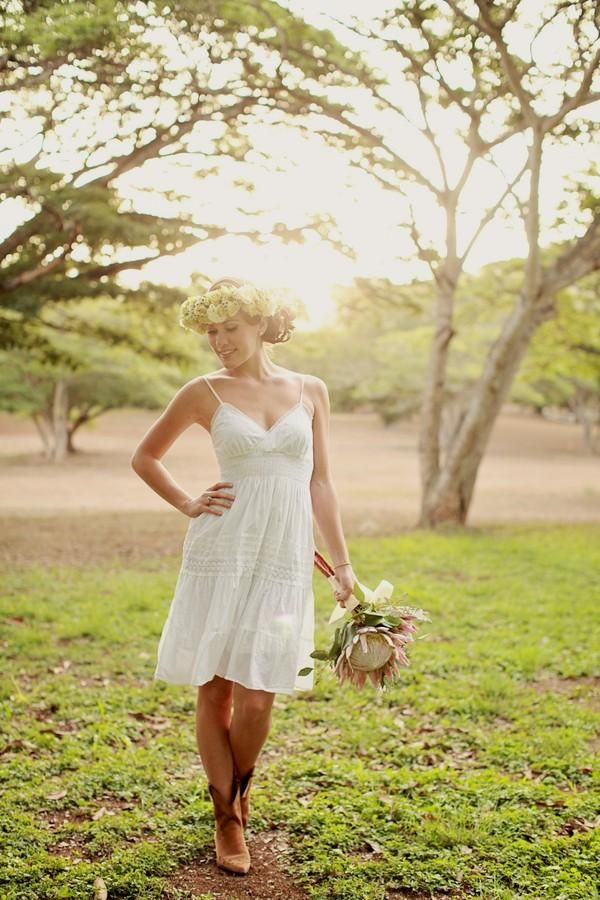 Short Wedding Dresses with Cowgirl Boots