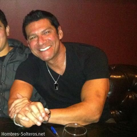 Hombres solteros de california