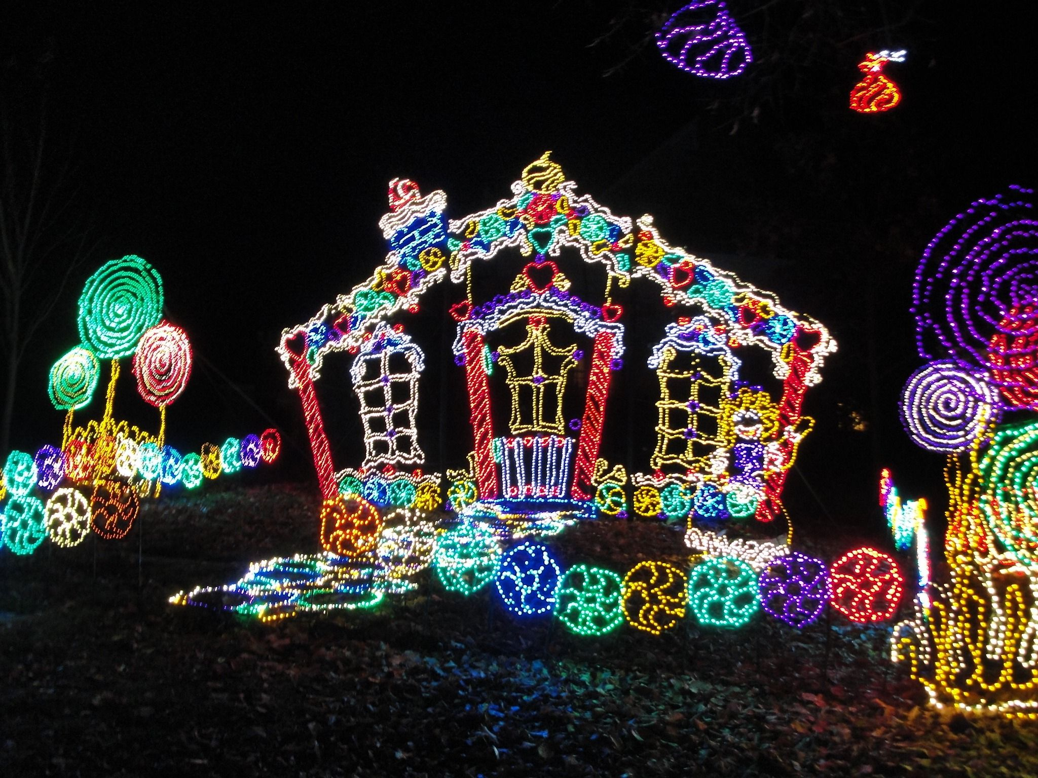 Visiting Rock Citys Enchanted Garden of Lights Enchanted garden