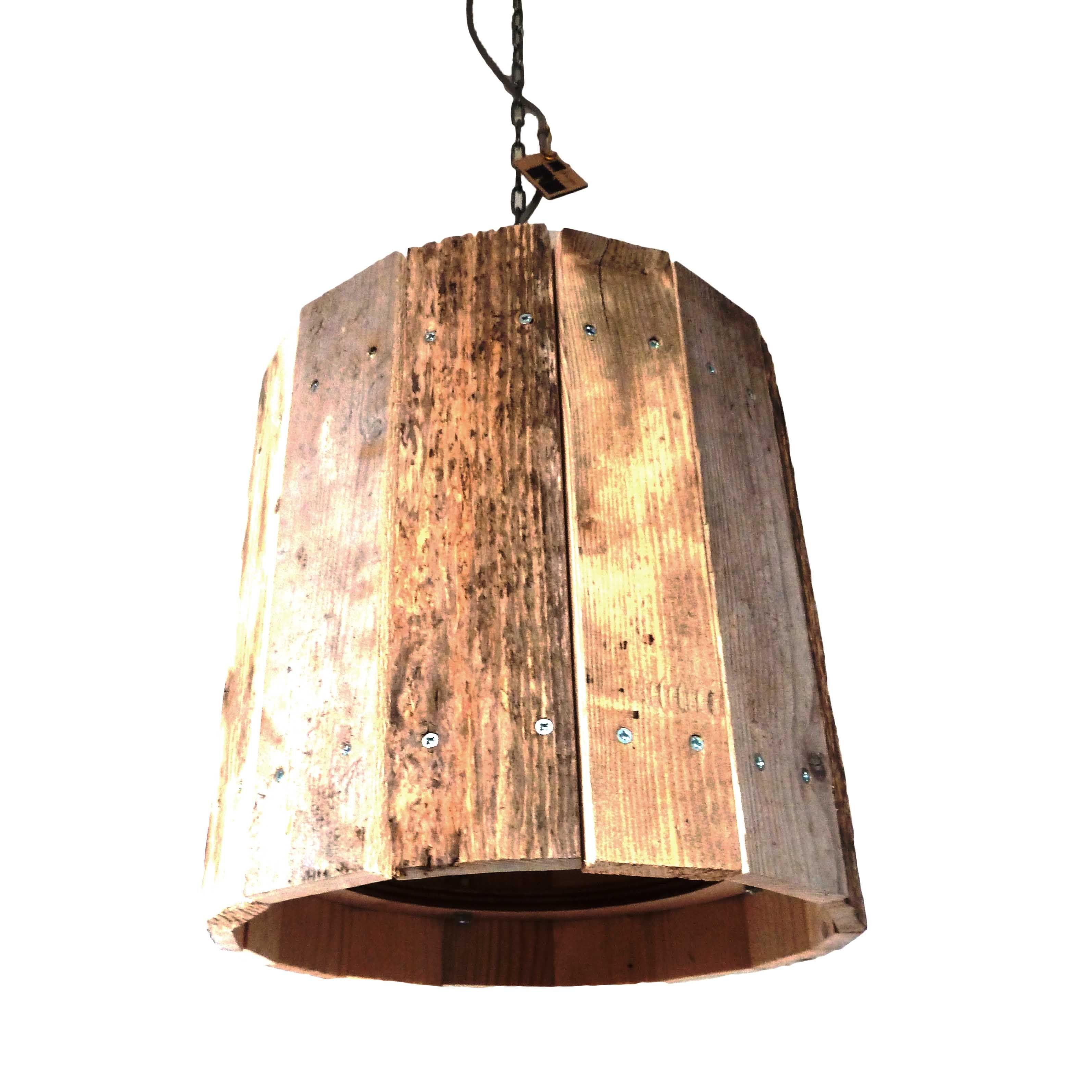Deze Karakteristieke Houten Lamp Is Vervaardigd Uit Een Verzameling Van