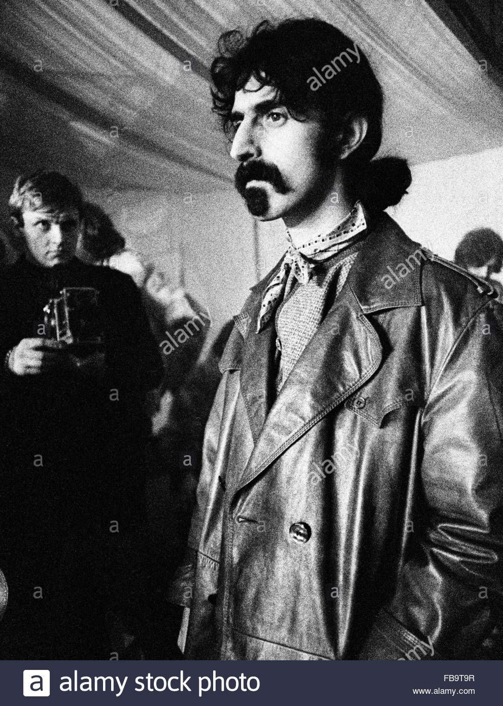 "Frank Zappa Happy Birthday with regard to pinbrok'down furn'ture on ""jazz isn't dead. it just smells"