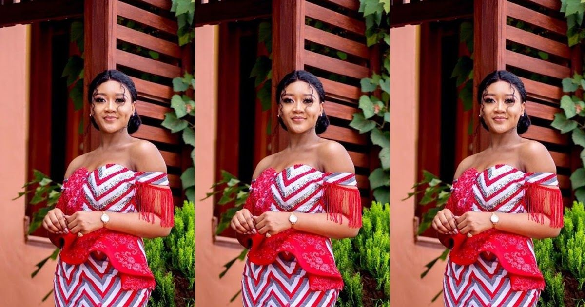 Wedding guests Nigerian,African clothing styles 2019, African fashion, Ankara, kitenge, African women dresses, African prints 2019, African men's fashion, Nigerian style, Ghanaian fashion, ntoma, kente styles, African fashion dresses, aso ebi styles, gele, duku, khanga, vêtements africains pour les femmes, krobo beads, East African fashion, agbada, west african kaftan, African wear, fashion dresses, asoebi style,mshono 2018. #kitengedesigns