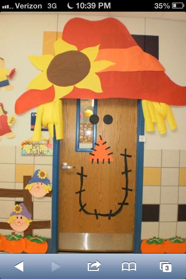 Fall classroom door idea Classroom door ideas for Rachel - pinterest halloween door decor