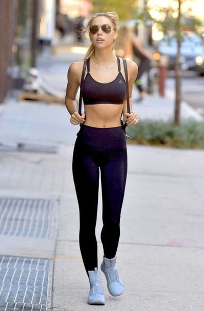 615d71a2e81 Leggings  sports bra black workout high top sneakers alexis ren sportswear