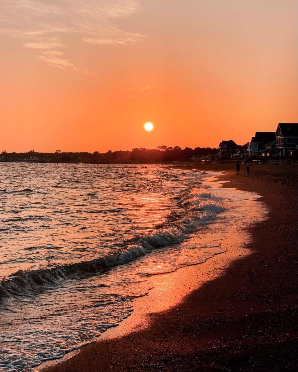 #sunset #sunsetphotography #beach #sunsetbeach #beachvibes