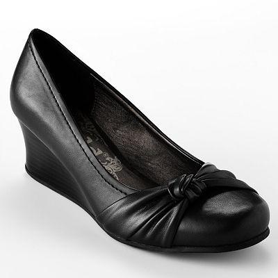 Love mine!   Shoes, Women shoes, Womens