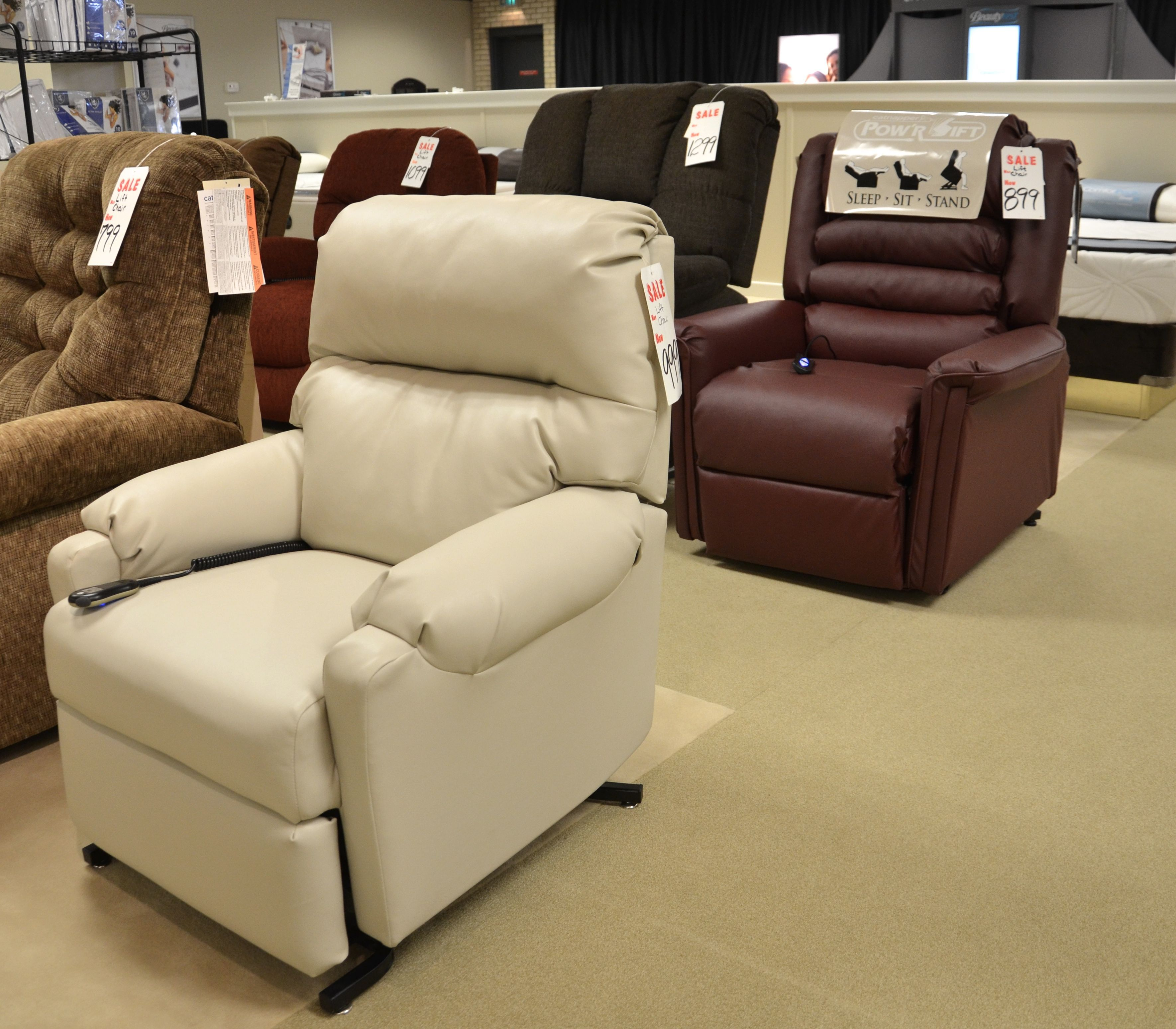 Leather Lift Chairs Leather Power Lift Chairs And Recliners Casual Leather