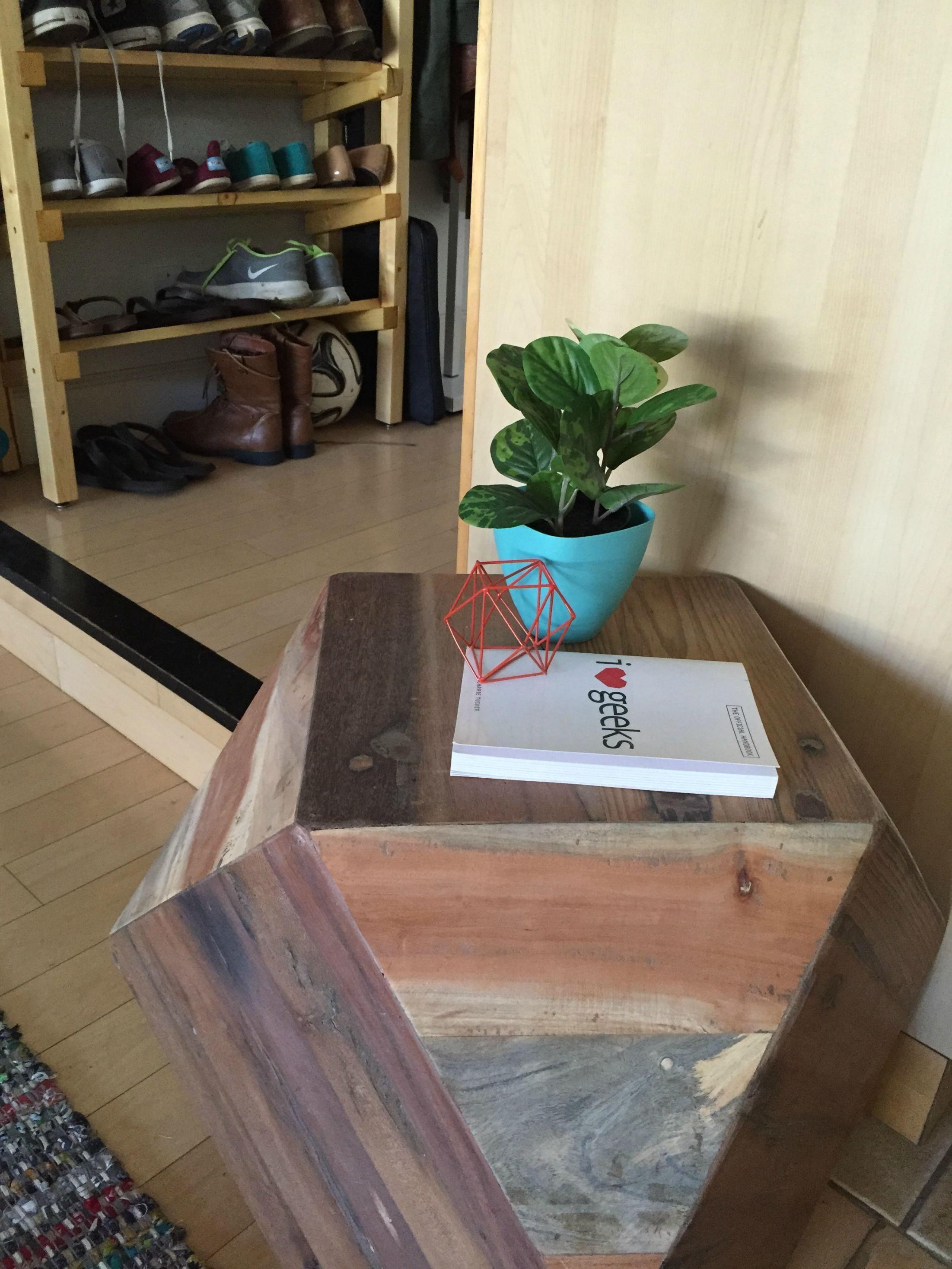 Dice Desk Studio Apartment Geometric Side Table Studio