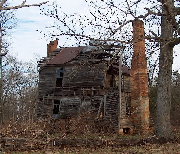 Abandoned North Carolina Homes: Old Dairy Farm In Lincoln County