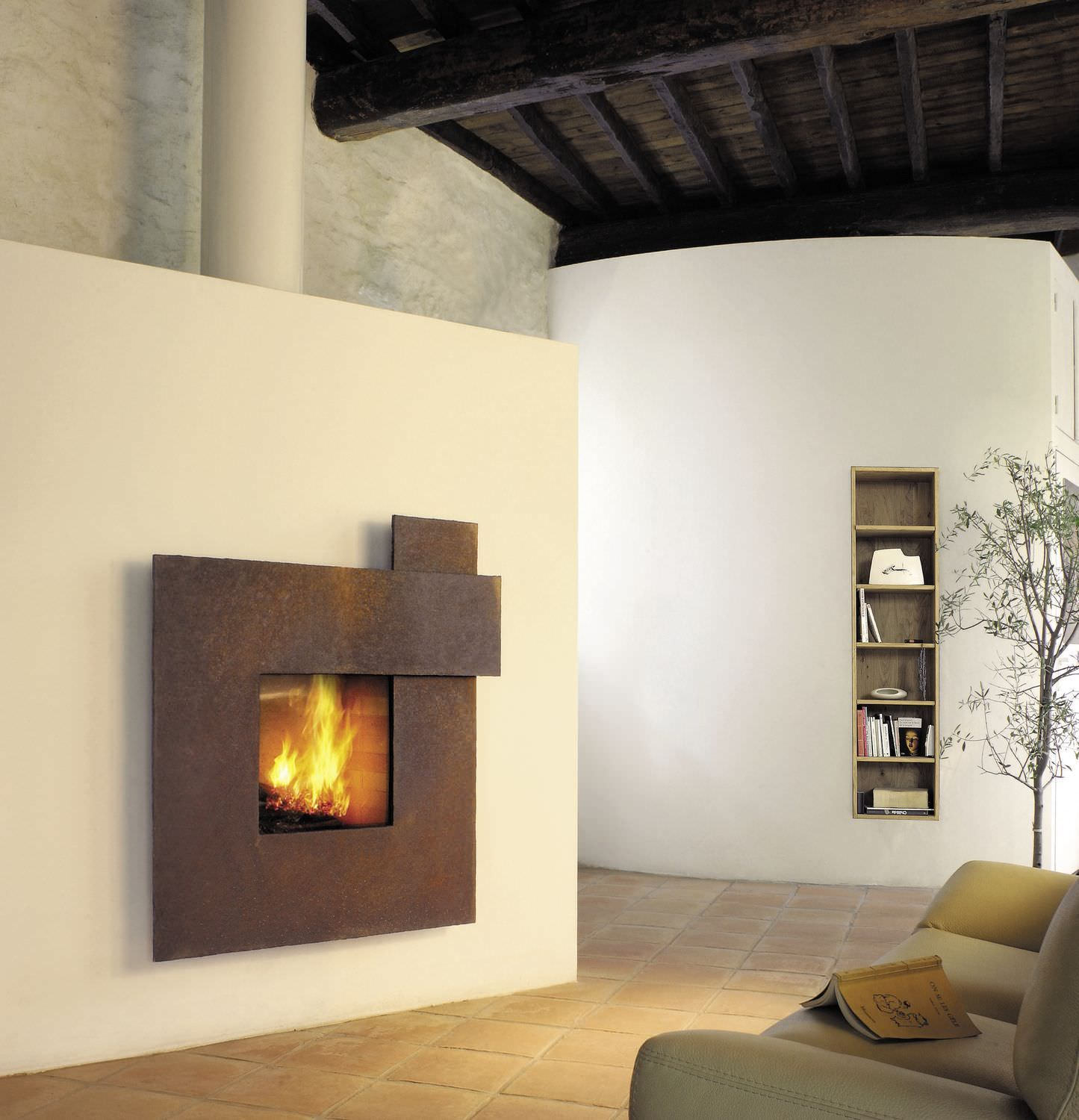 Contemporary Built In Fireplace (Wood Burning Closed Hearth)  Metafocus 1