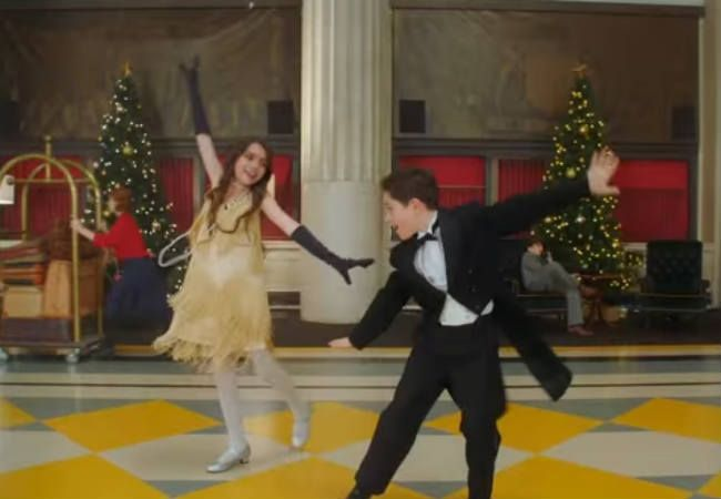 """Idina Menzel + Michael Buble's Kid-Friendly """"Baby It's Cold Outside"""" Video Is Crazy Adorable ..."""