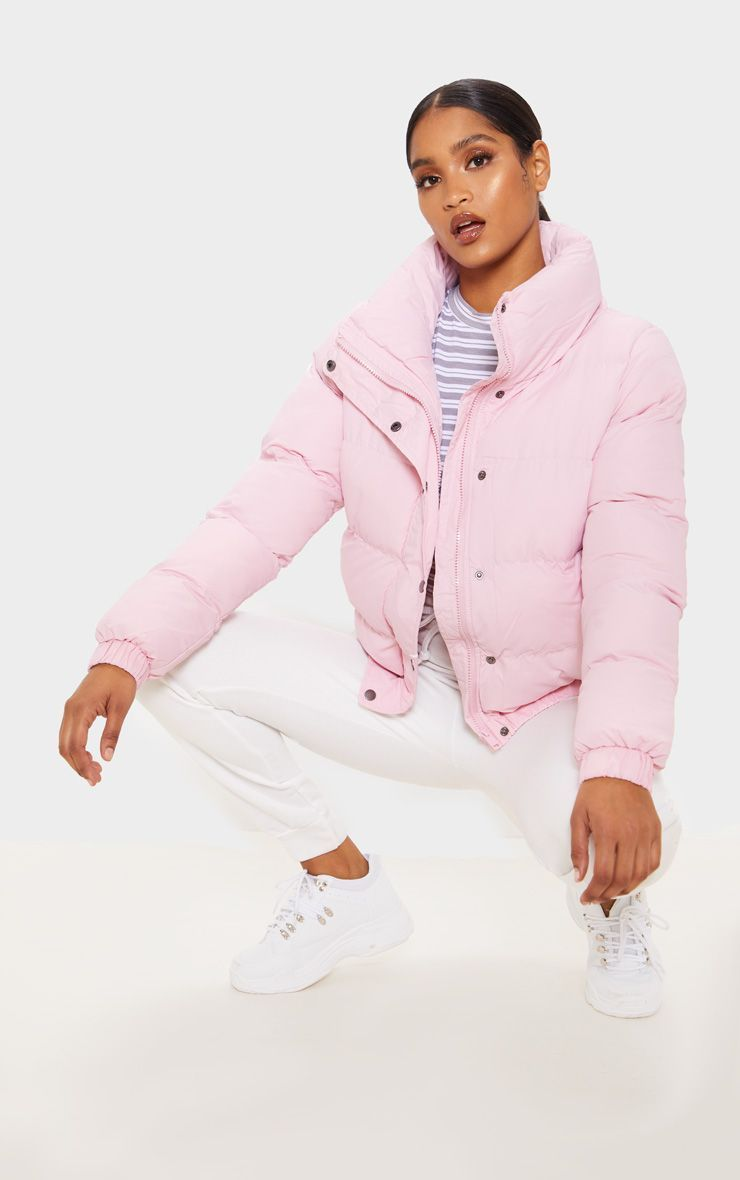 Pale Pink Puffer Jacket Look Pretty In Pink In This Cropped Jacket Featuring A Pale Pink Materia Puffer Jacket Outfit Pink Puffer Coat Pink Puffer Jacket [ 1180 x 740 Pixel ]
