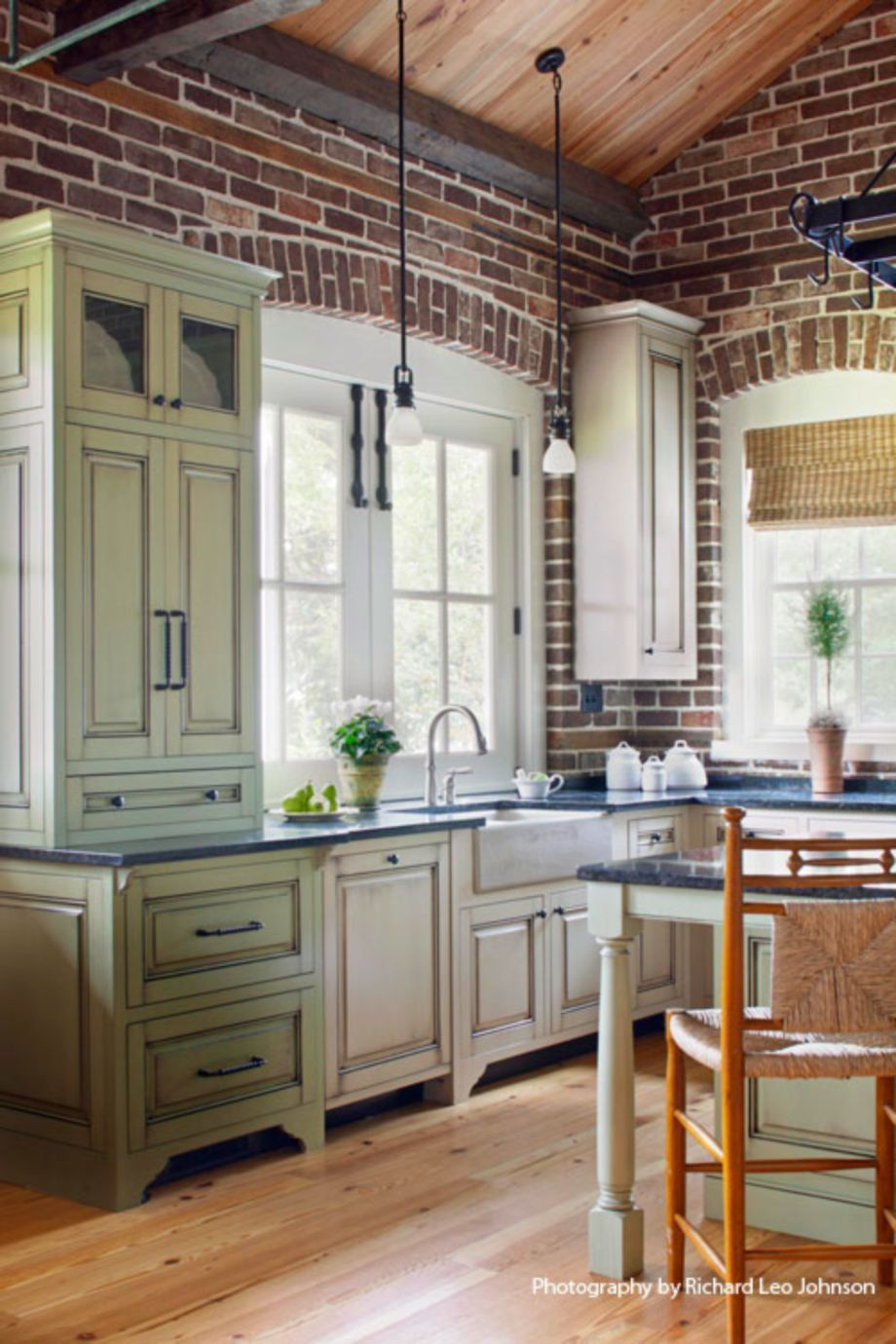 And Here S Another Brick Kitchen With Images Home Kitchens