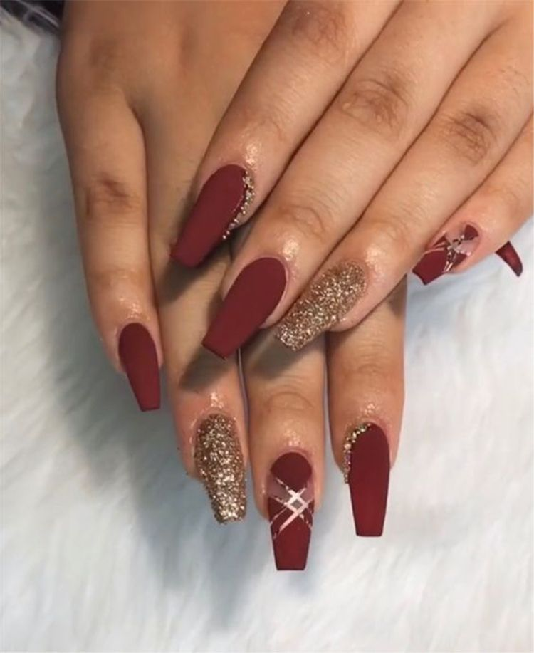Gorgeous Burgundy Nail Color With Designs For The Coming Valentine S Day Burgundy Nail Burgundy Nail Colo In 2020 Gold Acrylic Nails Quinceanera Nails Burgundy Nails