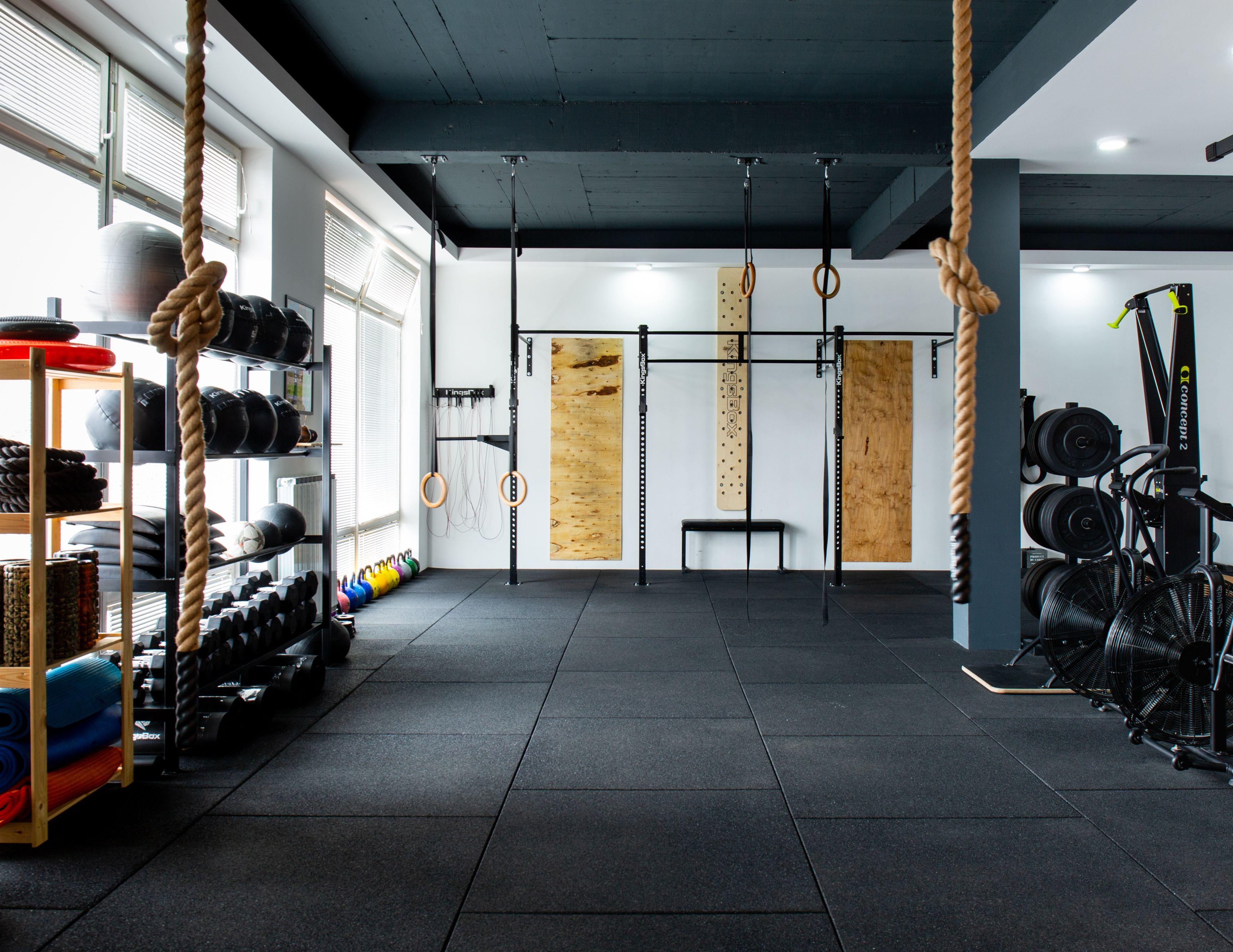 Cross Training Gym With A Wall Rig Home Gym Design Gym Interior Gym Design
