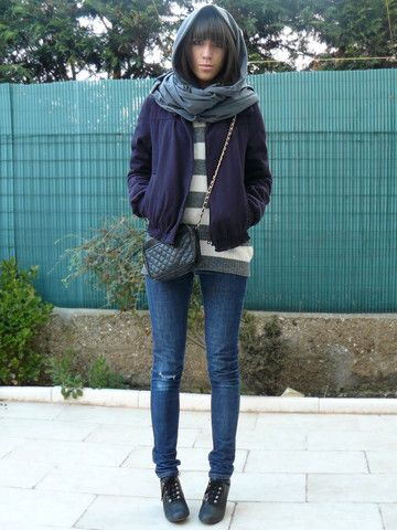 American Apparel Circle Scarf, Maje Old Blazer, United Colors Of Benetton Stripped Sweater, Fake Chanel, Cheap Monday Skinny Jeans, Quai De Scene Shoes