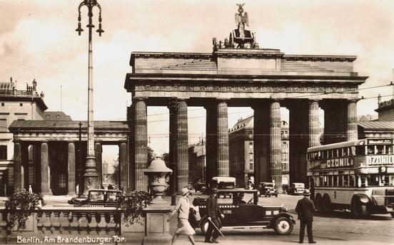 Berlin 1934 Am Brandenburger Tor Berlin Architecture Street View