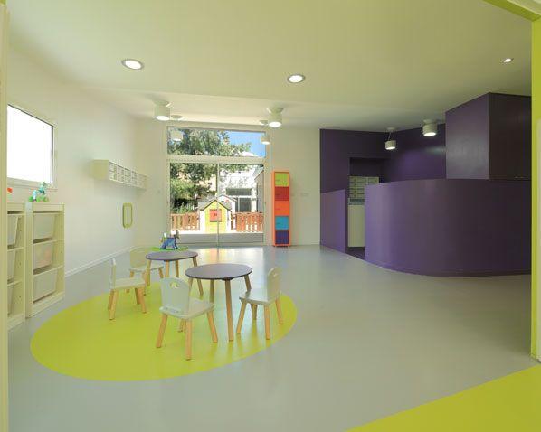 micro cr che n 4 colorful spaces architecture interior design pinterest micro creche. Black Bedroom Furniture Sets. Home Design Ideas