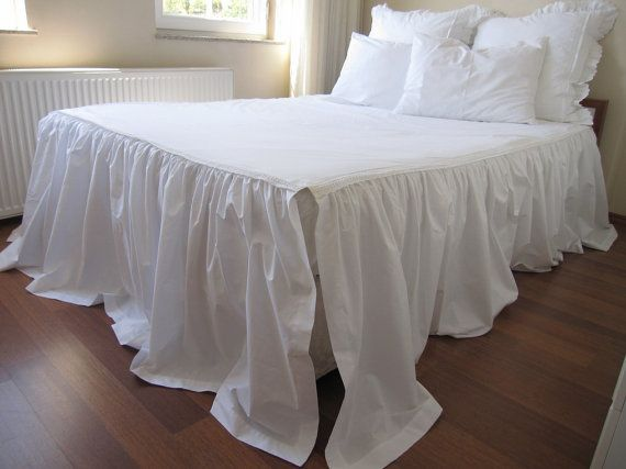 Three sided split skirted coverlet / Shabby chic bedding ...