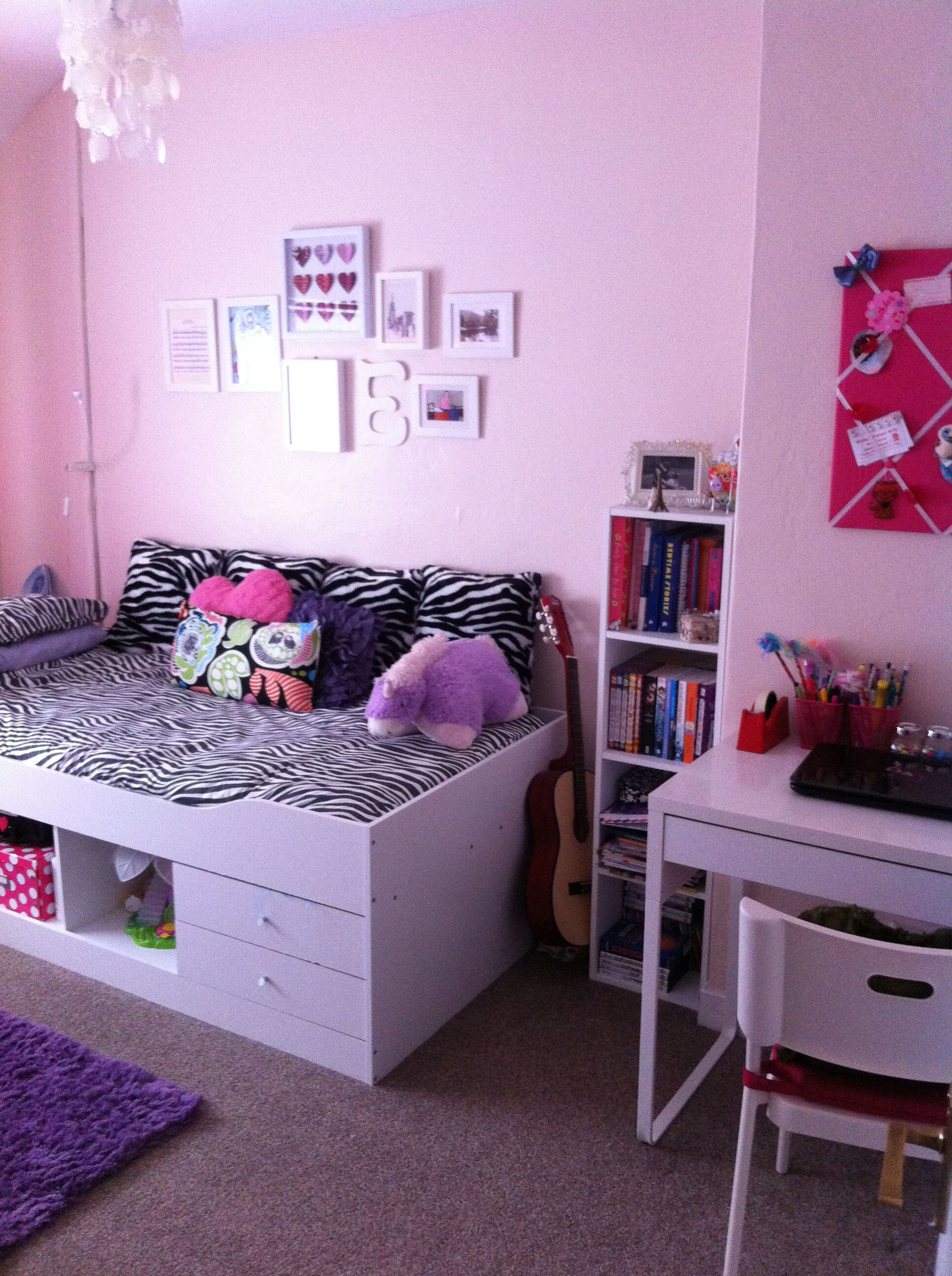 Updated girly teen room pink purple and zebra print for Bedroom designs girly