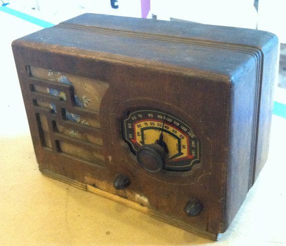 Vintage 1930s Art Deco Hazeltine/Radio Corp by VINTAGERADIOSONLINE