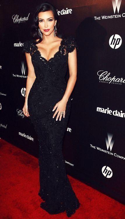 292f07a70bc Vestido festa longo preto com brilho da Kim Kardashian