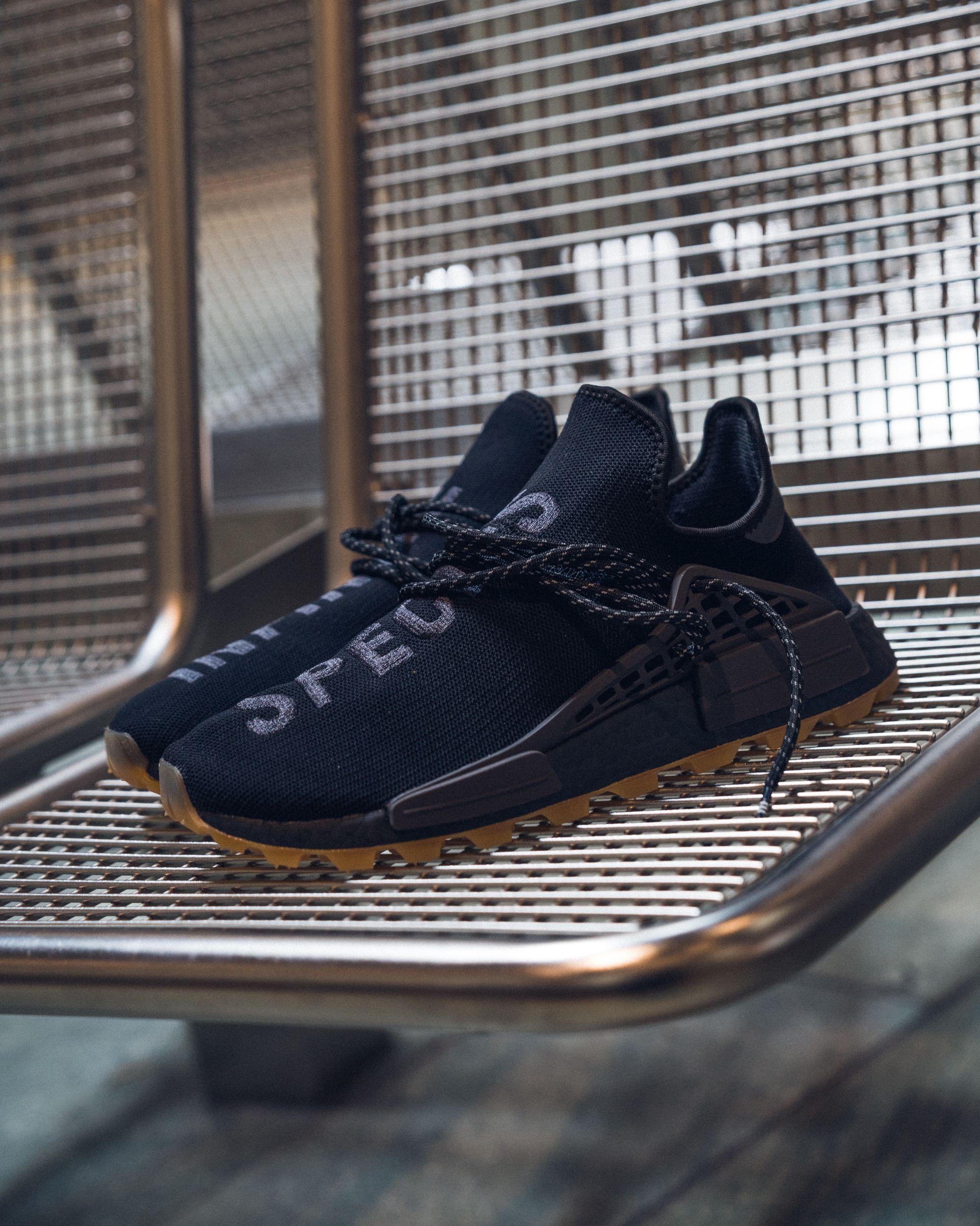 PHARRELL WILLIAMS HU NMD PRD Sneaker low core black