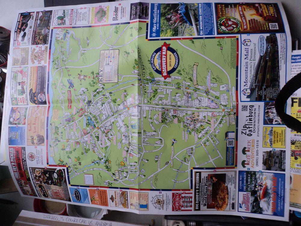 Discovery map of gatlinburgsmokey mntstennarea attractions cartoon