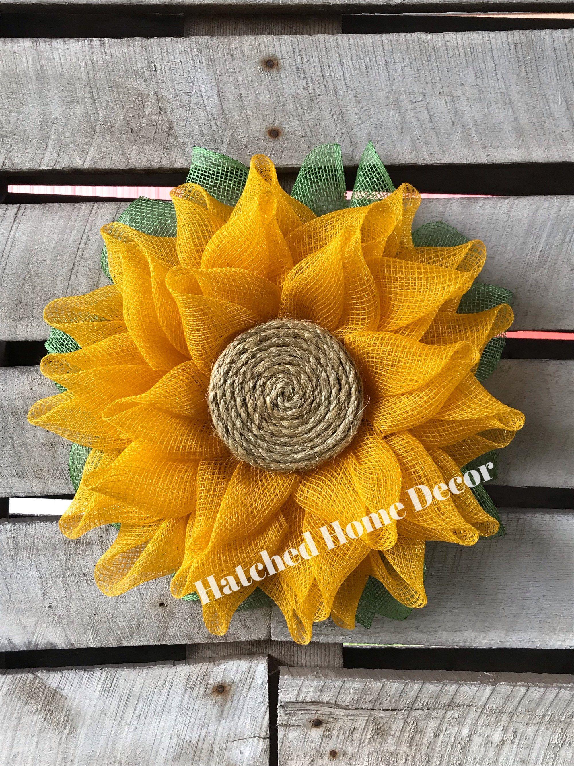 """Photo of Sackleinen Sonnenblume Gelber Kranz / Riesiger Sonnenblumenkranz / 20 """"Sonnenblumenkranz / Mesh Sonnenblumenkranz / Großer Sonnenblumenkranz / Veranda Sonnenblume"""