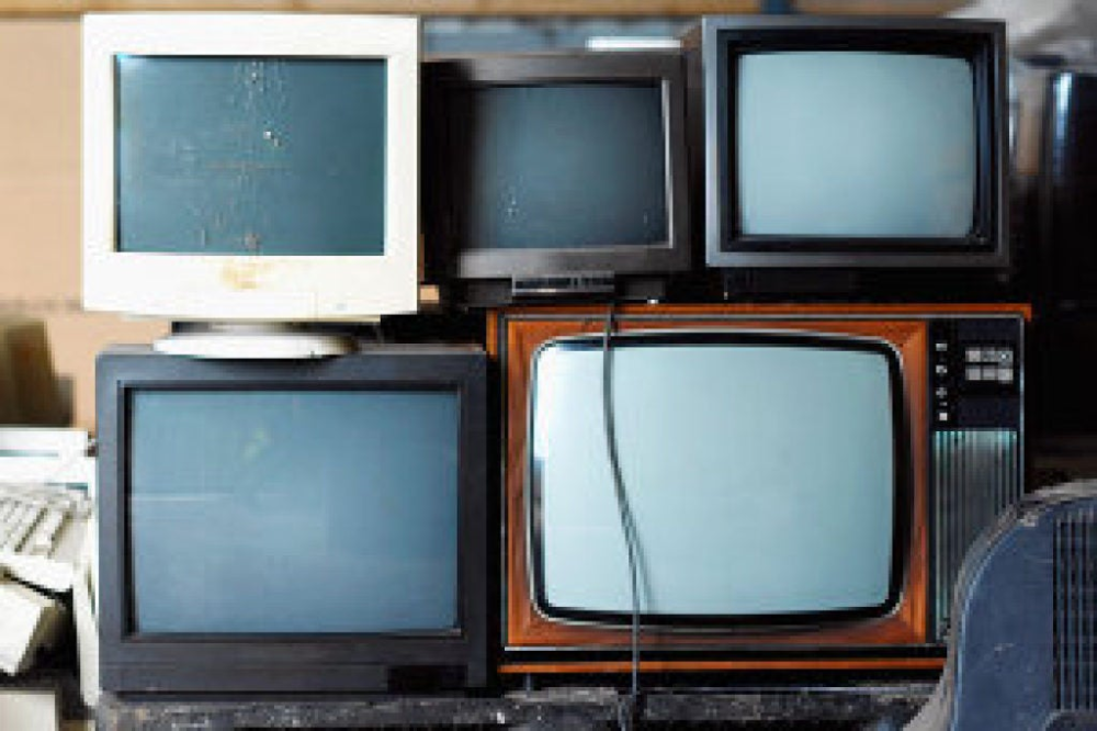 Where To Recycle Your Old Tv In 2020 Old Tv Old Technology Tv