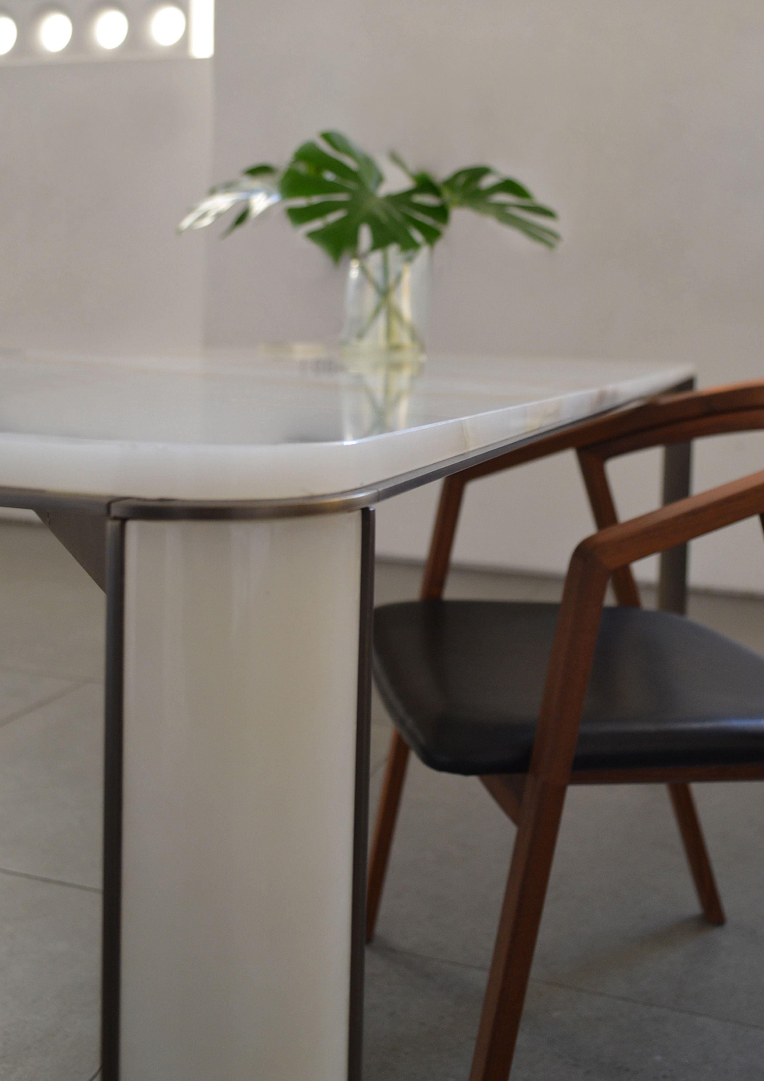 Tavolo da pranzo gregorio white | Tavoli da pranzo, Tavolo ...