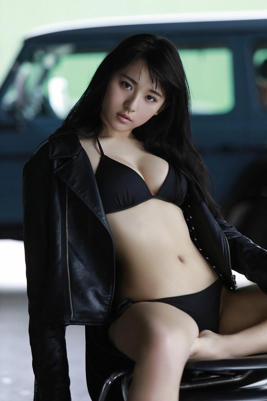 Natasha yi actor nude