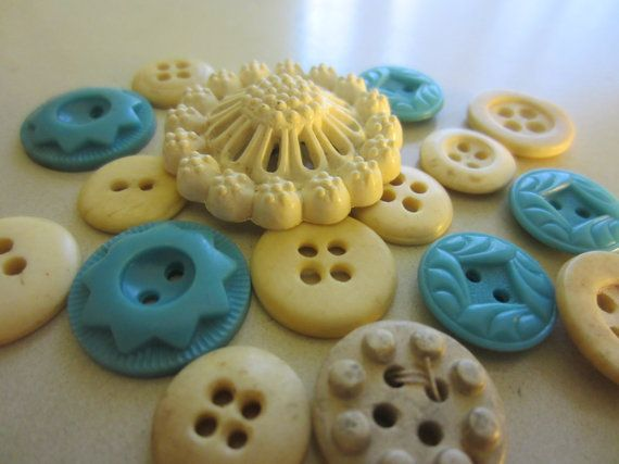 Vintage Buttons - Country chic sweet blue and cream