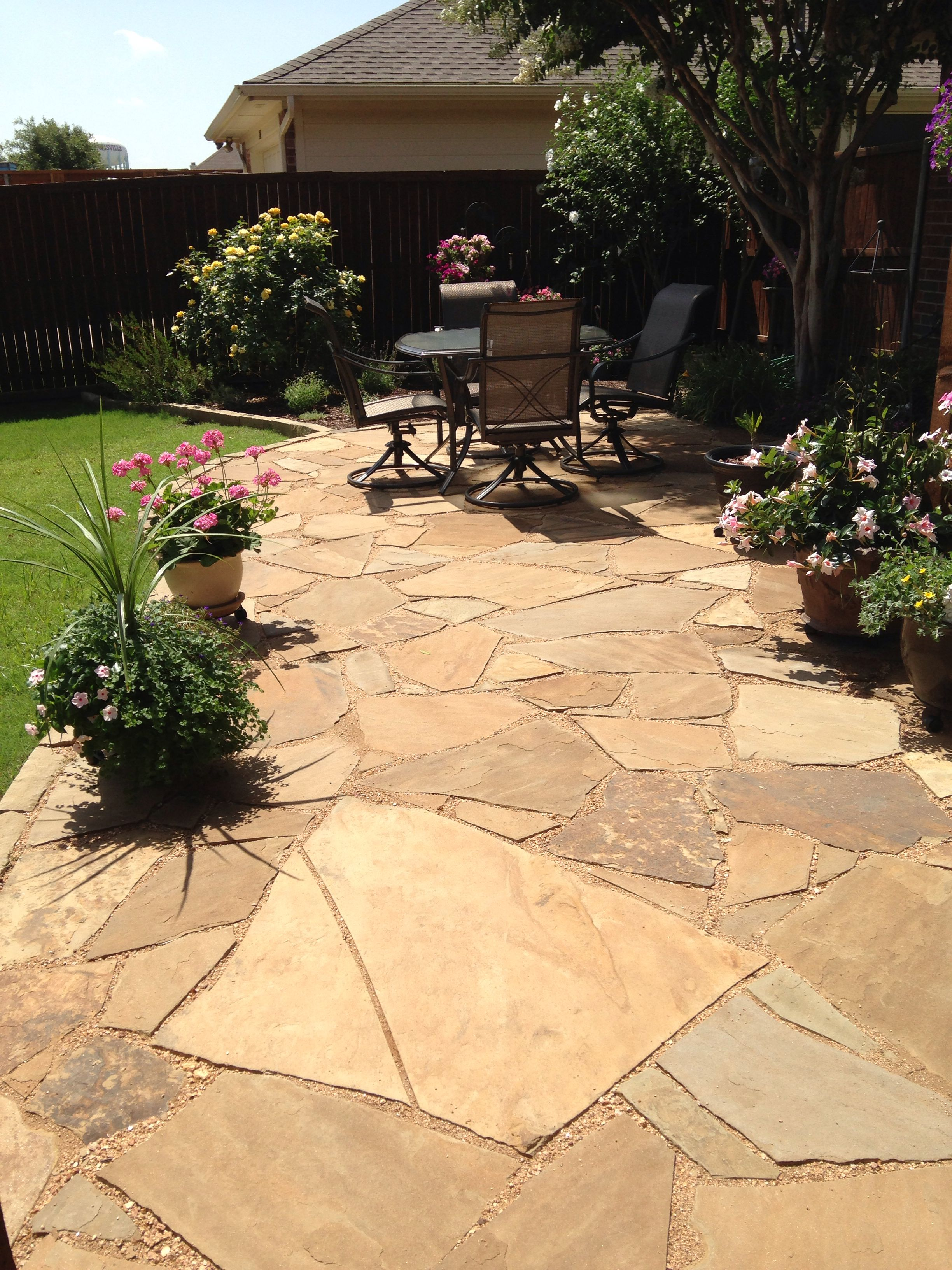 Flagstone and decomposed granite patio | Decomposed ... on Decomposed Granite Backyard Ideas id=36521